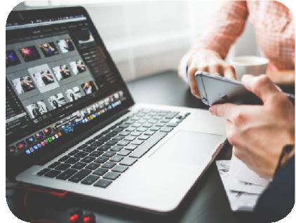 digital-marketing-laptop-
